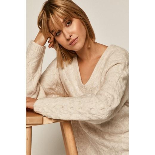 Sweter damski z warkoczowym splotem beżowy Medicine wearmedicine Odzież Damska LU beżowy VVQA