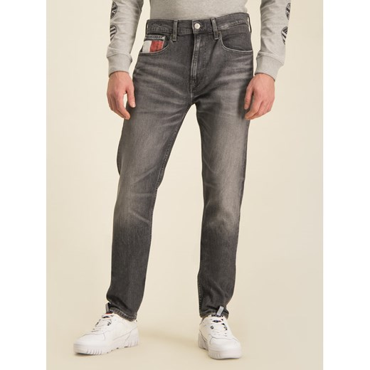 Tommy Jeans Jeansy Slim Fit Tj Clsbk DM0DM07335 Szary Tapered Fit Tommy Jeans 34_34 wyprzedaż MODIVO