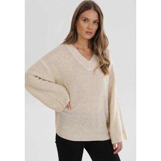 Sweter damski Born2be z dekoltem v Odzież Damska GX beżowy EVGW
