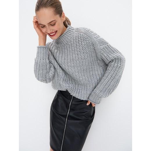 Sweter damski Mohito szary Odzież Damska OK szary XBGP