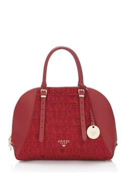 Czerwone torebki damskie guess, wiosna 2020 w Domodi
