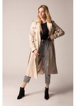 Płaszcze damskie wełniane zara z kapturem, zima 2020 w Domodi