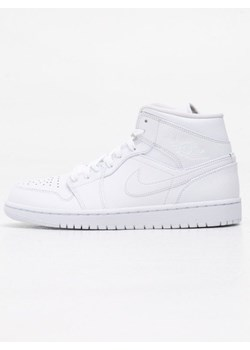 Białe buty męskie jordan, wiosna 2020 w Domodi