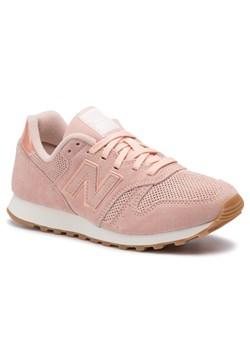 Buty sportowe damskie New Balance w stylu casual różowe płaskie na zimę bez wzorów