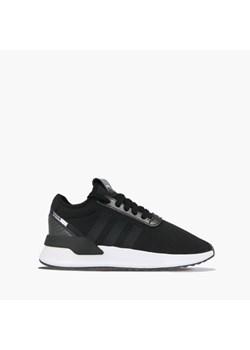 Sizeer Zwrócone w stronę miasta – adidas U_Path Run