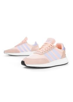 Buty damskie adidas na koturnie, jesień 2019 w Domodi