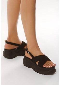 Sandały damskie Geox czarne gładkie skórzane letnie w Domodi