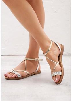 Sandały damskie Born2be z klamrą białe bez wzorów ze skóry ekologicznej