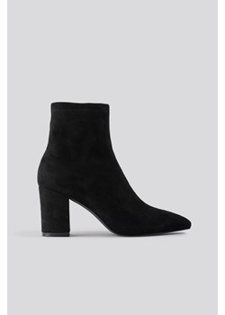 NA-KD Shoes Basic Pointy Block Heel Booties - Black