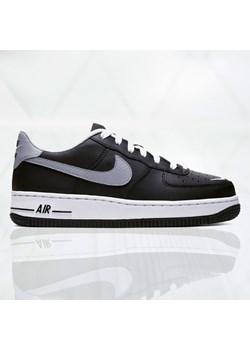 Buty sportowe męskie Nike Air Force w Domodi