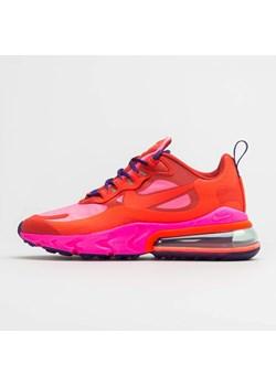 Czerwone buty damskie nike, wiosna 2020 w Domodi