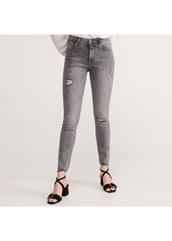 Reserved jeansy damskie casual