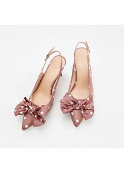 Różowe buty damskie, wiosna 2020 w Domodi