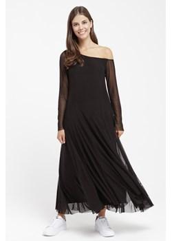 Tiulowe sukienki, wiosna 2020 w Domodi