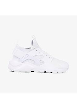 Nike huarache damskie, lato 2020 w Domodi