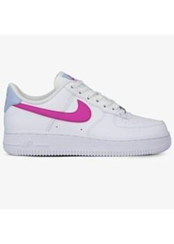 Białe buty sportowe damskie sizeer nike air force, wiosna
