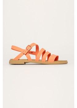 Sandały damskie brązowe Marco Tozzi na płaskiej podeszwie letnie casual