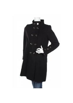 Czarne płaszcze damskie, jesień 2020 w Domodi