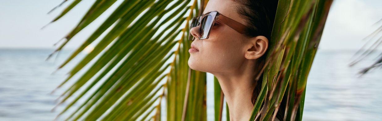 Letni makijaż, który pomoże Ci przetrwać upały! Triki urodowe na upalne dni