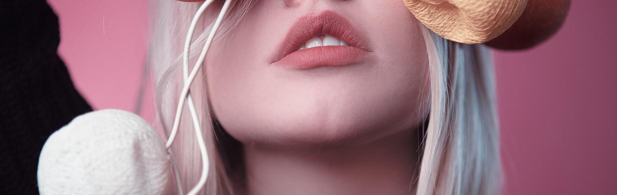Matowe usta - trendy makijażowe