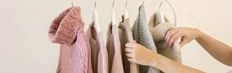 Minimalizm i zabawa modą – możesz to połączyć!