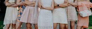 Modne sukienki na wesele. Sprawdź nasze top 10!