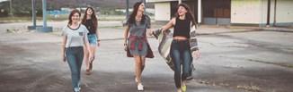 Najmodniejsze sukienki dla nastolatek