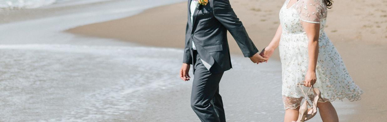 Najmodniejsze sukienki na wesele dla puszystych