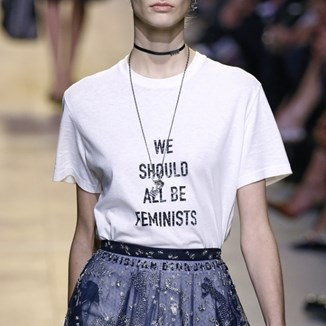 Statement t-shirt - topowy trend na 2017?