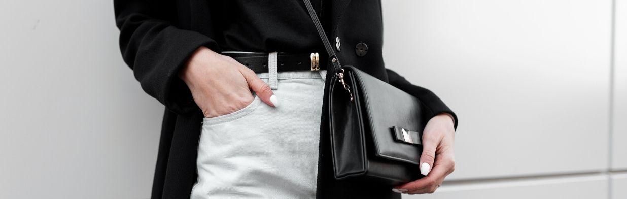 Stylizacje z białymi spodniami. Jak nosić białe spodnie i z czym je łączyć?