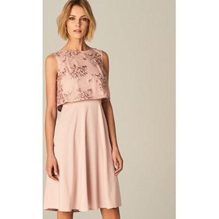 4146af3d3fb7 Sukienka na wesele dla mamy pary młodej - Trendy w modzie w Domodi