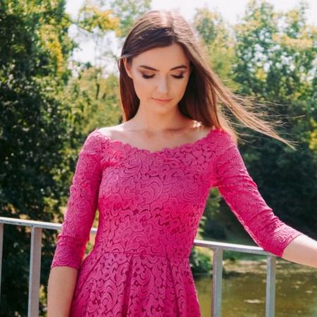 fuksjowa sukienka