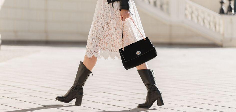 Jakie Dodatki Pasuja Do Koronkowej Sukienki Podpowiadamy Trendy W Modzie W Domodi