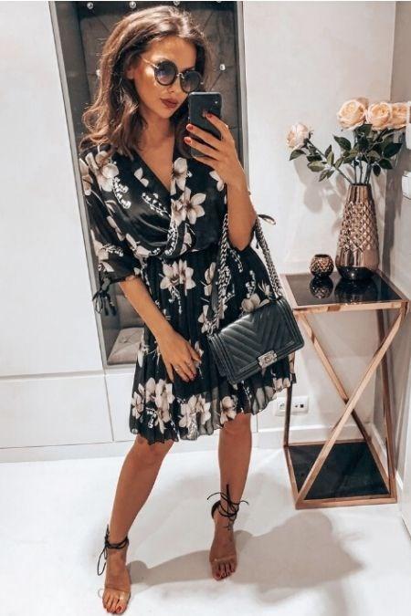 Czarna Sukienka Na Wesele Mamy Na Nia Sposob Trendy W Modzie W Domodi